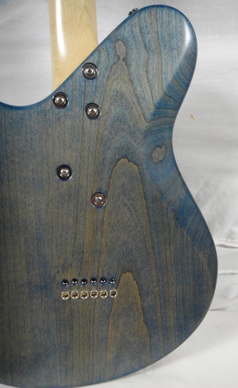 neoclassic-blue-back
